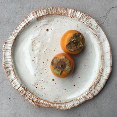 S A R A H S C H E M B R IさんはInstagramを利用しています:「 New fav slab built plate, still warm. #ceramics#melbourne#platedpics#foodie#foodphotography#foodandwine#cooking#handmade#styling#home#brunswick#tableware#cake#food#fresh」