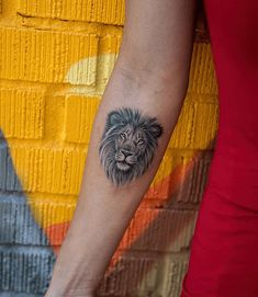 Latest Lion Tattoo Designs for Boys & Girls - Lion Head Tattoos, Leo Tattoos, Couple Tattoos, Body Art Tattoos, Tattoos For Guys, Tattoos For Women, Tatoos, Lion Tattoo Meaning, Small Tattoos With Meaning