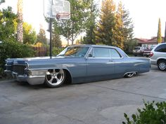 1965 Cadillac DeVille  whoever had this car took good care of it original paint too