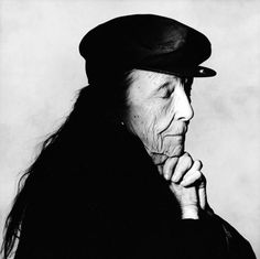 there are many realities ― louise bourgeois | foto: irving penn