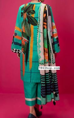 Sea Green Khaddar Suit (2 Pcs)   Pakistani Winter Clothes in USA Winter Clothes, Winter Dresses, Winter Outfits, Textile Prints, Textile Design, Textiles, Stylish Dress Designs, Stylish Dresses, Fashion Pants