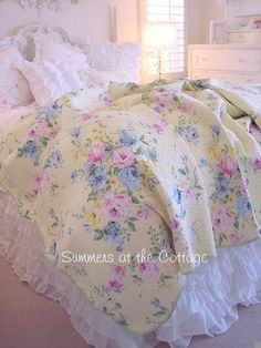 SUMMER BEDDING BEACH COTTAGE YELLOW PINK ROSES BLUE FLOWERS QUILT