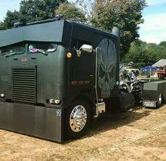 Killer custom cab over truck Big Rig Trucks, Show Trucks, Chevy Diesel Trucks, Pickup Trucks, Dually Trucks, Diesel Rat Rod, Diesel Tips, Custom Big Rigs, Custom Trucks