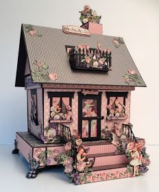 annes papercreations: Graphic 45 Children`s Hour House Boxed Mini Album Graphic 45, 3d Paper Crafts, Paper Art, Diy Crafts, Box Houses, Paper Houses, Mini Album Tutorial, Glitter Houses, Pretty Box