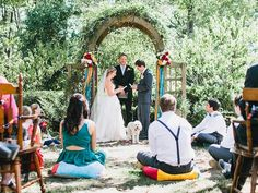 How to make a one-sided wedding party work (you have a crew and your partner doesn't!)