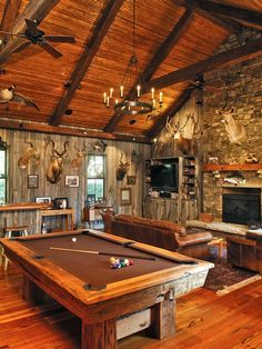 basement by Phillip W Smith General Contractor, Inc. http://www.houzz.com/photos/2369348/Game-Room-traditional-basement-charleston
