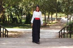 Look invitada de tarde: la falda de volantes   Invitada Perfecta Mother Of The Bride, Lace Skirt, High Waisted Skirt, Dress Up, Glamour, Gowns, Outfits, Womens Fashion, Skirts