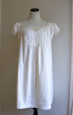 I used to have a nightgown like this. It was one of my favorites. (Mine was from Target though. Ha!)