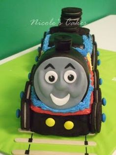 Once upon a time, Slater would have loved this birthday cake!!! Now he's a big kid! Miss those Thomas days....