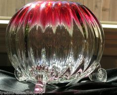 HOBBS RARE VICTORIAN ANTIQUE RUBINA HEAVY LEADED RIBBED ROSE BOWL W/ PRUNT