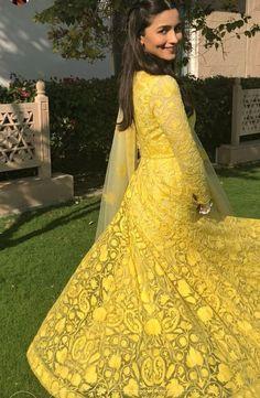 Kurti Styles, Alia Bhatt, Eid, Sari, Celebs, Casual, Clothes, Fashion, Saree