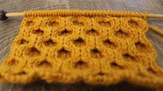 How to Knit the Honeycomb Cable Stitch with Free Written Pattern and Video Tutorial by Studio Knit. #knitstitchpattern #studioknit #artsandcraftsvideos,