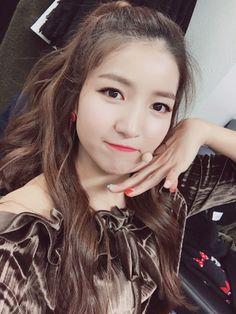 South Korean Girls, Korean Girl Groups, Gfriend Sowon, Cloud Dancer, G Friend, Mamamoo, Pop Group, Ultra Violet, Pretty Girls
