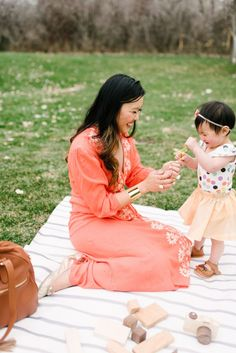 A Mother's Promise To Her Daughter |  mommy and me spring outfit ideas | mommy and me fashion | mommy and me style tips | mommy and me spring outfits | spring fashion for mom and daughter || Sandy A La Mode
