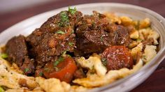 Guinness braised beef cheeks Recipe from Everyday Gourmet with Justine Schofield Braised Beef, Roast Beef, Guinness Beef Stew, Spaetzle Recipe, Beef Cheeks, Steak Recipes, Beef Dishes, Nice Dinner, 5 Hours