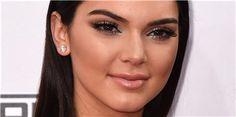 Las 10 famosas con los labios más sexys