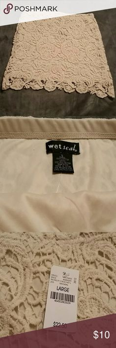 Wetseal Crocheted skirt Cream colored crocheted skirt Wet Seal Skirts