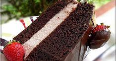 Ez a torta a mai desszertünk, ami a kisfiam kedvéért készült, mert pár napja ünnepeltük a névnapját. A fotót a faceboo...