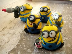 Polymer clay minions for K's b-day.  I don't know what these 'minions' are for, but they sure are darn cute!~!!!!