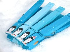 CHRISTMAS PENGUIN CLOTHESPIN hand painted magnetic clothespin set. $10.00, via Etsy.