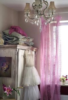 sheer (dotted Swiss?) orchid curtains