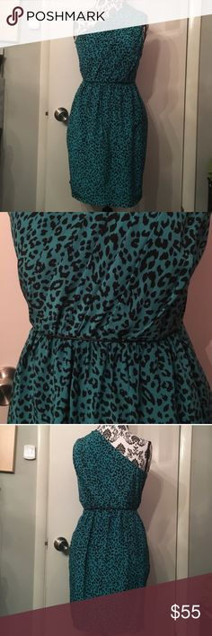 Shoshanna silk leopard riches one shoulder dress Excellent condition approx 34.5 inches long Shoshanna Dresses Mini