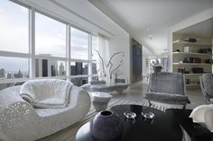 Striking Midtown Apartment by Robert Couturier Inc. | InCollect
