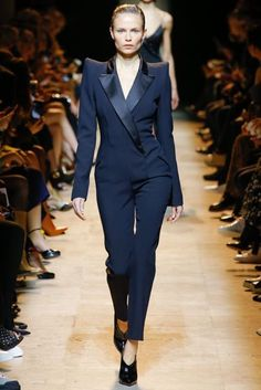 Mugler Autumn/Winter 2017 Ready to Wear Collection   British Vogue