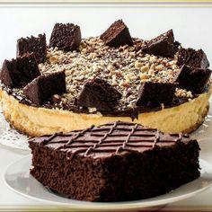 Las cosas que provocan cuando llueve y @zanahoriacakes preparando para mañana las mejores tortas de la ciudad.  Combinación perfecta! #zanahoriacakes#somosviejosenlarama #nuevosenredes  Síguelos:  @zanahoriacakes @zanahoriacakes @zanahoriacakes.  #publicidad @publiciudadmcy.  #reposteria #postres #delicias #antojos #pedidos #fiestas #pidelas #espectacular #tortas #chocolate  #cafe #tiendas #coffeeshop #eventos #catering #maracay