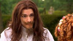 Charles I (Mathew Baynton) Horrible Histories Series 1 King Crush, Mathew Baynton, Horrible Histories, Comedy Tv, My Tea, History Facts, World History, Barista, Dreamworks