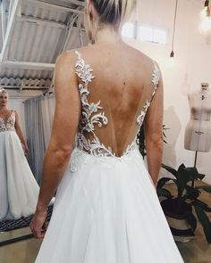 Perfect backs ✨ Did you know that you can add sleeves to this beauty? Transforming this piece for a winter wonderland 💫 ⠀⠀⠀⠀⠀⠀⠀⠀⠀ Wedding Dress Winter, Winter Dresses, Sheath Wedding Gown, Wedding Gowns, Add Sleeves, Trendy Fashion, Wonderland, Bride, Elegant