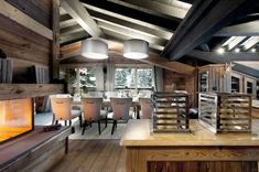 Lavish-Petit-Chateau-1850-Chalet-in-Courchevel-dining