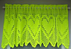 Non crocheted knit heart valance