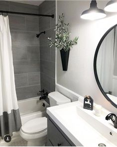 Amazing DIY Bathroom Ideas, Bathroom Decor, Bathroom Remodel and Bathroom Projects to assist inspire your master bathroom dreams and goals. Bathroom Interior, Luxury Bathroom, Bathroom Renovations, Modern Bathroom, Diy Bathroom Decor, Small Bathroom Decor, Apartment Bathroom Design, Apartment Bathroom, Bathroom Decor