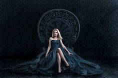 photo montage companies girl on the throne in a dark dress Queen Dress, Royalty Free Pictures, Dark Photography, Budget Fashion, Blonde Women, Photo Retouching, Illustrations, Photomontage, Fashion Advice