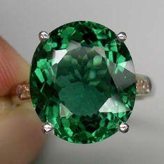 I love all things green especially shiny things!   Mine,mine ,mine