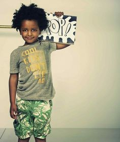Tendencia tropical. Moda infantil- American Outfitters