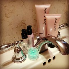 Whats your skin care regimen? And is it working for you? For a free sample, or to schedule a free facial, send me a message, text or call. Thanks darlings. :)) #MaryKay https://www.facebook.com/ThinkPinkKP