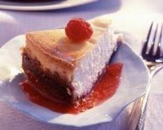 Cheese cake et son coulis de framboises (facile, rapide) - Une recette CuisineAZ