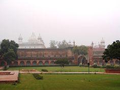 Domes-of-Moti-Masjid-at-Agra-Fort.JPG (1024×768)