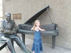 A fun thing to do in Ottawa is to stop outside the National Arts Centre to take a photo with the sculpture of jazz great Oscar Peterson. Ontario Attractions, National Art, Family Adventure, Public Art, How To Take Photos, First World, Family Travel, Travel Photos, Ottawa Canada