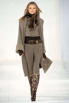 OOOK - Ralph Lauren - Women's Ready-to-Wear 2010 Fall-Winter - LOOK 12 | Lookovore
