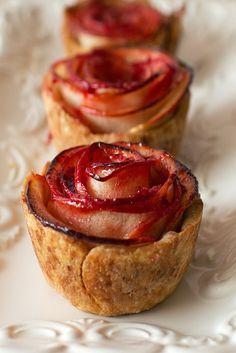 12 Amazing Mini-Desserts for Your Wedding @intimateweddings.com