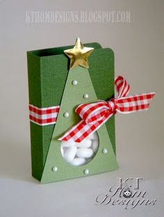 Cute Xmas tree tic-tac box-idea only Christmas Craft Fair, Christmas Favors, Christmas Paper Crafts, Christmas In July, Christmas Projects, Holiday Crafts, Christmas Decorations, Christmas Ornaments, July Crafts