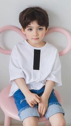 Cute Asian Babies, Young Cute Boys, Korean Babies, Cute Little Boys, Cute Baby Boy, Boy Pictures, Cute Baby Pictures, Toddler Fashion, Kids Fashion