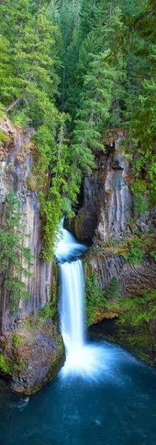 Tokatee Falls Umpqua River, Oregon
