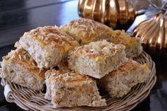 Rundstykker_2 Recipe Boards, Muffin, Good Food, Food And Drink, Baking, Breakfast, Desserts, Recipes, Diy