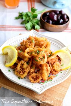 Food Rings Ideas & Inspirations 2017 - DISCOVER Calamars frits (recette tapas facile) Discovred by : liaume Tapas Recipes, Seafood Recipes, Cooking Recipes, Healthy Recipes, Calamari, Fingers Food, Food Film, Fast Food, Tapas Bar