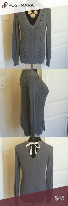 Bow Back Keyhole Banana Republic Sweater Gorgeous gray knit sweater with bow tie keyhole back from banana republic. No flaws! Feel free to make n offer! Banana Republic Sweaters