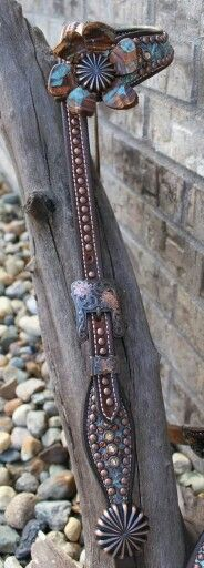 Matching headstall by South Grove Tack!
